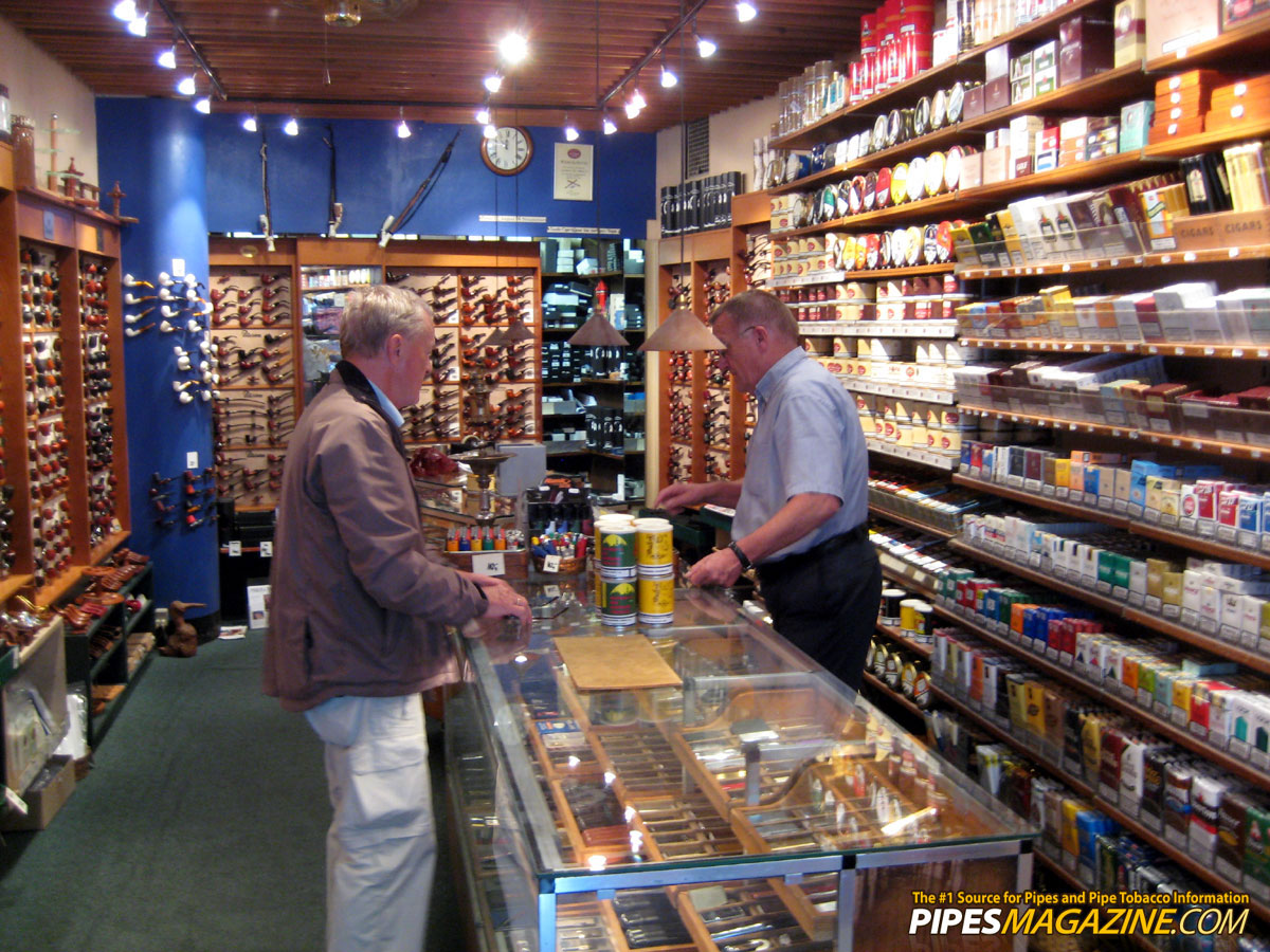the danish pipe shop in copenhagen denmark the 1 source for pipes and pipe tobacco information. Black Bedroom Furniture Sets. Home Design Ideas