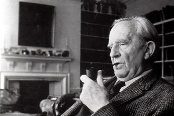 J. R. R. Tolkien Pipe Smoking