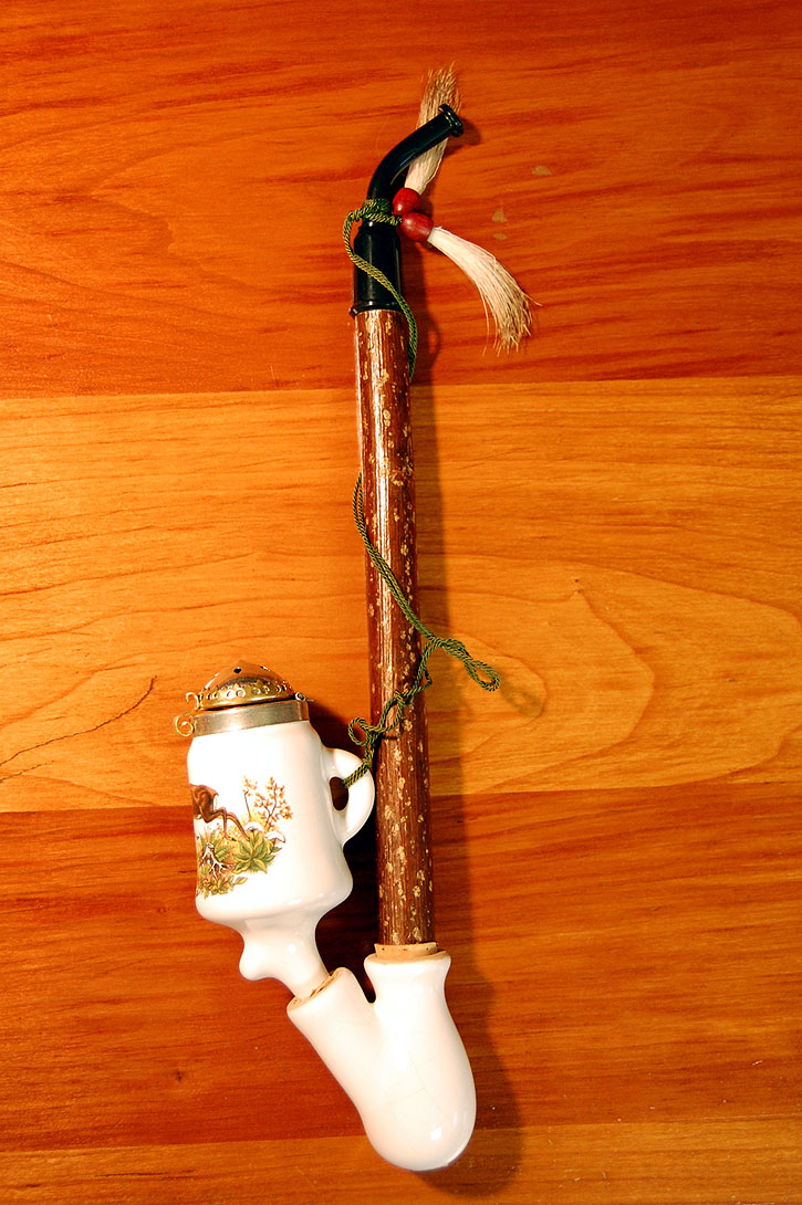German Porcelain Wine Pipe