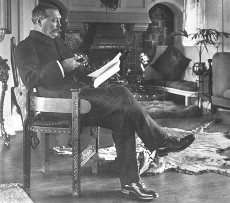 Sir Arthur Conan Doyle: Physician, Sherlock Holmes Author ...