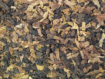 Borkum Riff Cherry Cavendish Tobacco Close-Up