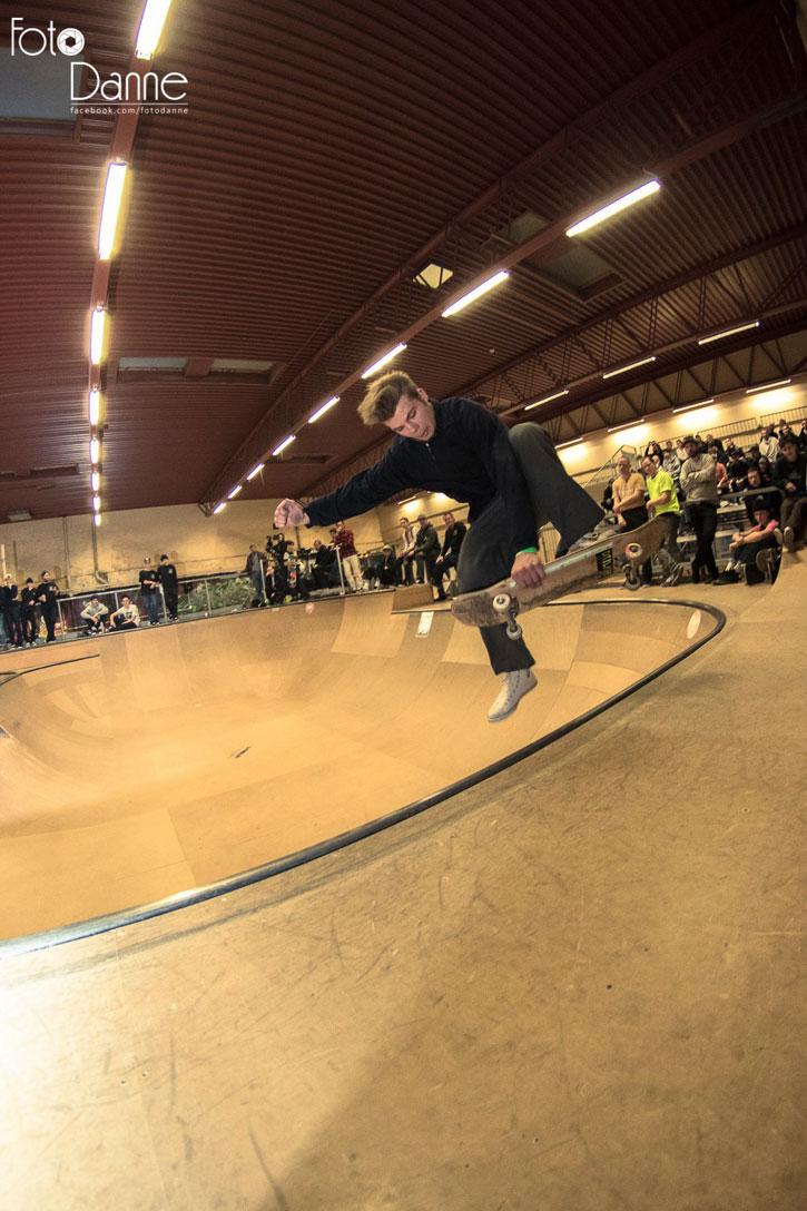 Ludvig Hakansson Skateboarding