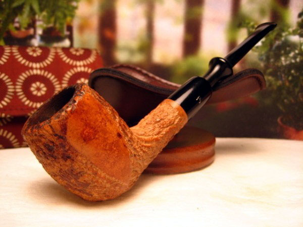 The use of Beeswax on Meerschaum Pipes is the most popular subject of both the maintenance of new Pipes and the restoration of the older ones. & Guide to Estate Meerschaums - Buying u0026 Caring For | The #1 Source ...