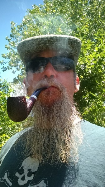 1907f7eee60 Help Me Celebrate Fishbanjo Day!    General Pipe Smoking Discussion ...