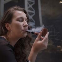 camae-smokes-a-savinelli-spring-626-smooth-billiard-11.jpg