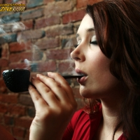 chelsea-does-an-incredibly-artistic-shoot-while-smoking-a-savinelli-05.jpg