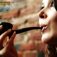 chelsea-does-an-incredibly-artistic-shoot-while-smoking-a-savinelli-12.jpg