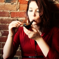 chelsea-does-an-incredibly-artistic-shoot-while-smoking-a-savinelli-34.jpg