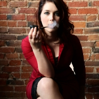 chelsea-does-an-incredibly-artistic-shoot-while-smoking-a-savinelli-50.jpg