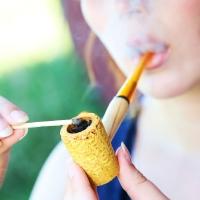 chelsea-smokes-a-corn-cob-pipe-21.jpg