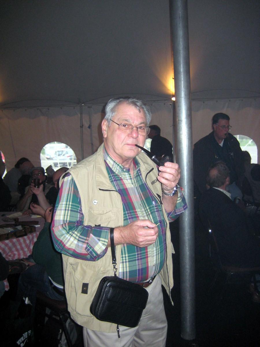chicago-show-2011-smoking-tent-027.jpg