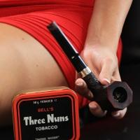 gabrielle-smokes-bells-three-nuns-20.jpg