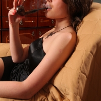 pipe-babe-julia-smoking-06.jpg