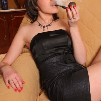 pipe-babe-julia-smoking-41.jpg