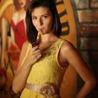 pipe-babe-gabrielle-smoking-maltese-falcon-in-a-smitty-pipe-04.jpg