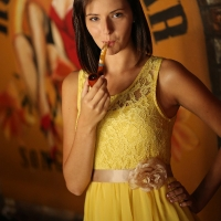 pipe-babe-gabrielle-smoking-maltese-falcon-in-a-smitty-pipe-06.jpg