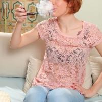 pipe-babe-katy-smoking-kaywoodie-pipe-14.jpg