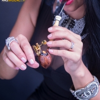 vanessa-smoking-acorn-pipe-06.jpg