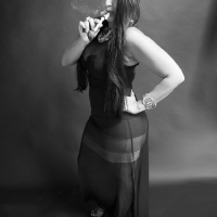 vanessa-smoking-acorn-pipe-13.jpg