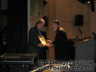 Alan Schwartz Receives His Award from Mike and Fred