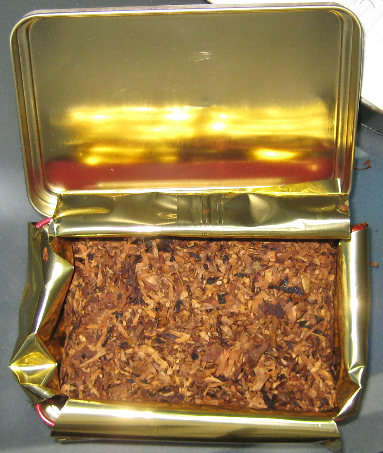 Old fashioned pipe tobacco 84