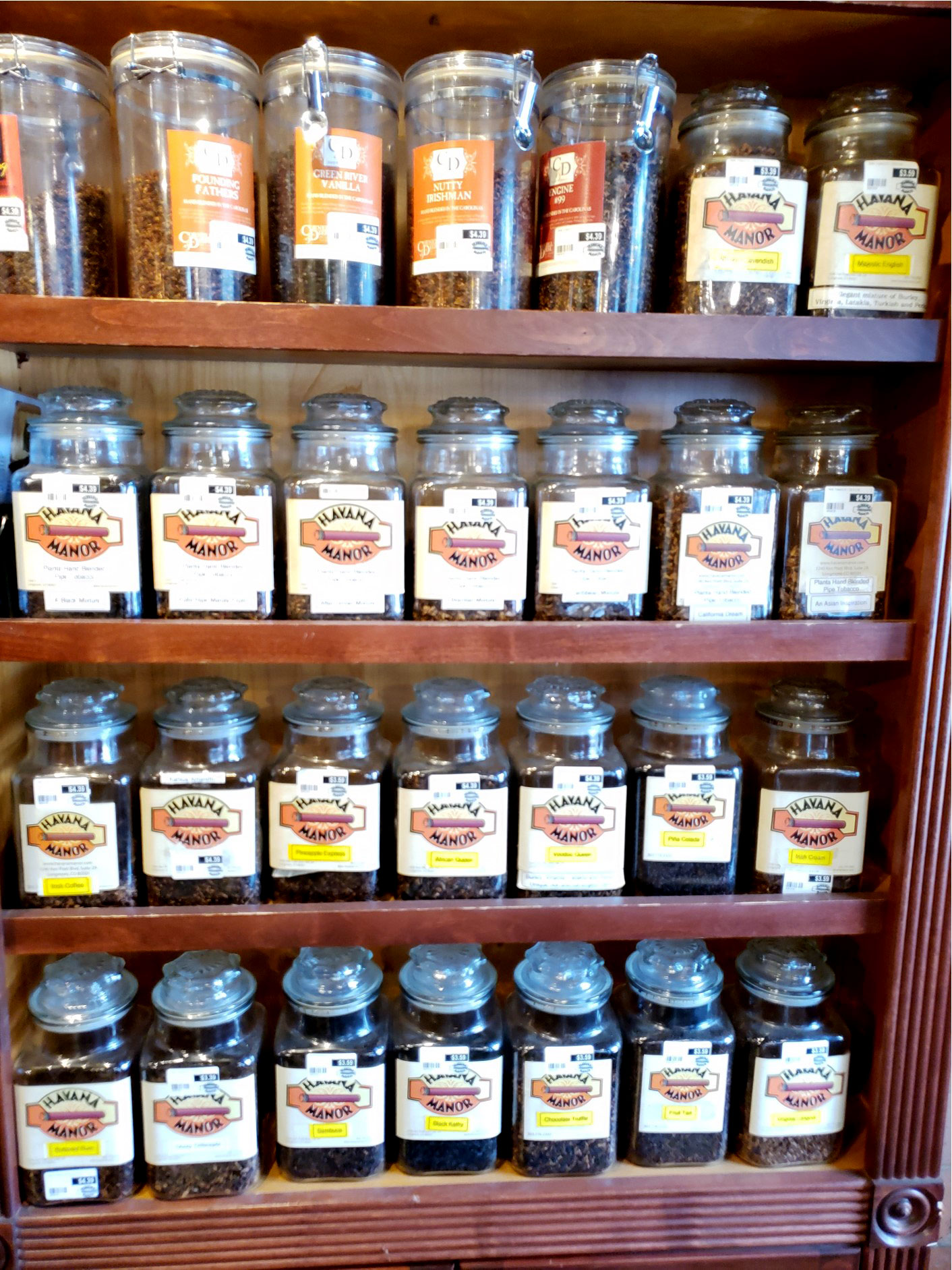 Bulk Tobaccos at Havana Manor