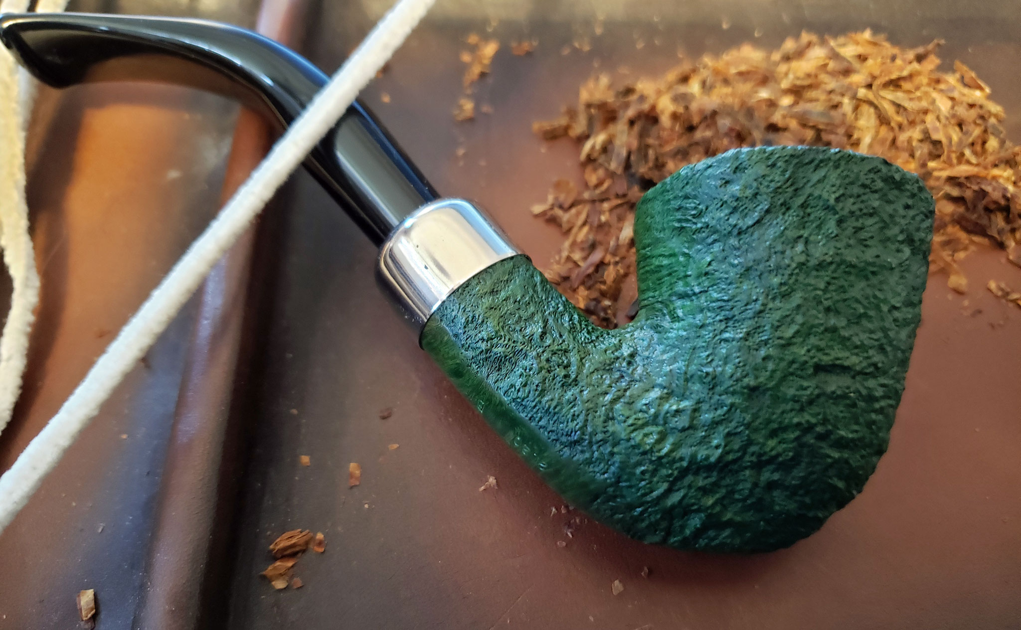 Peterson Bent Dublin St. Patrick's Day Pipe