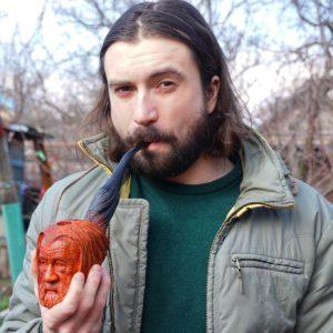 Max Bogdan Pipe Carver