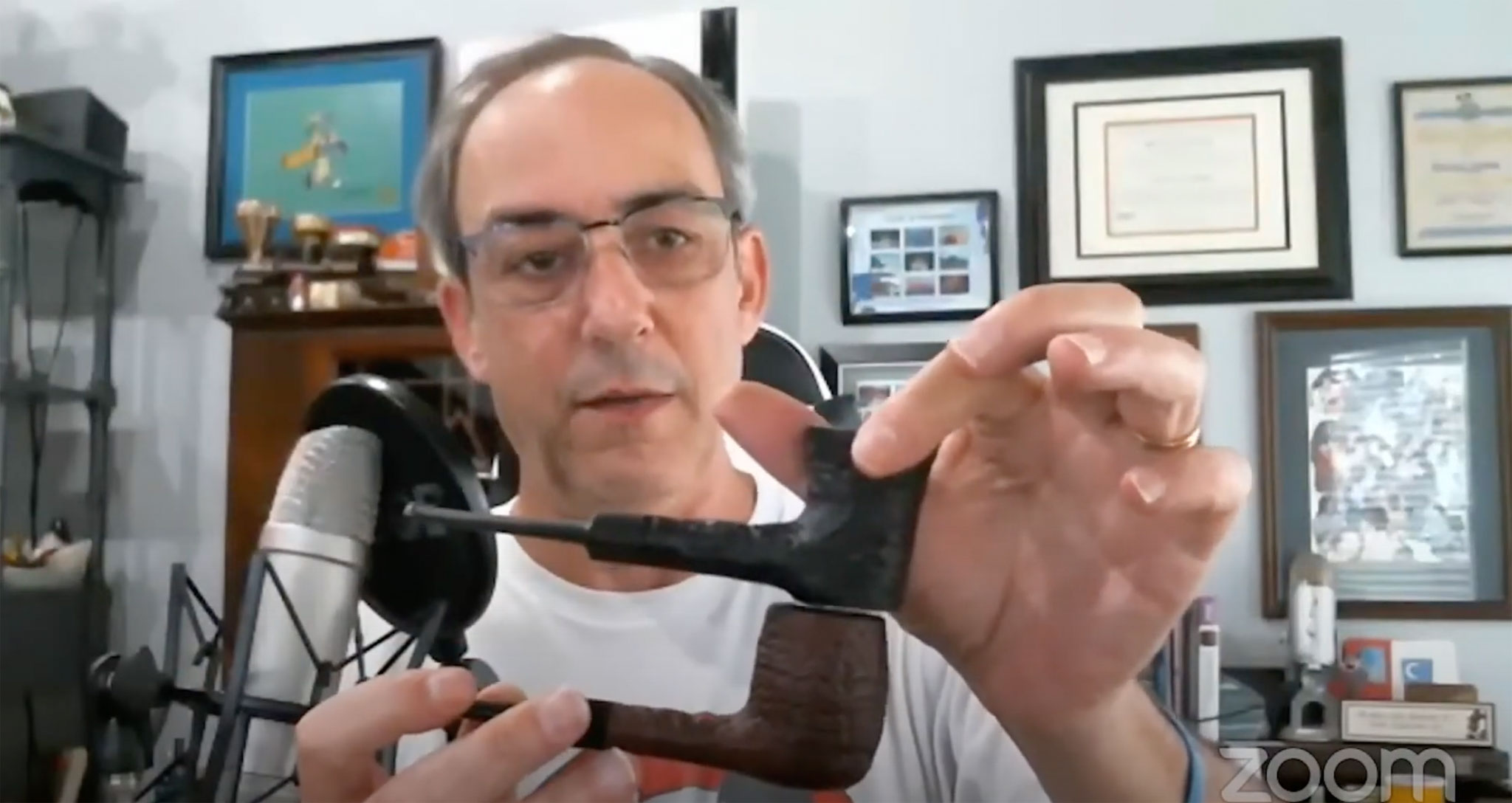 Brian Levine on The Virtual Pipe Club Showing his Disney Pipes